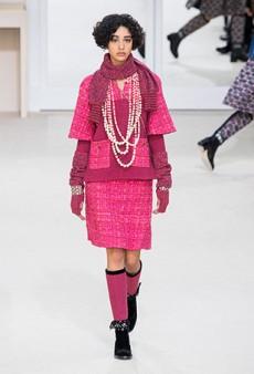 Chanel Fall 2016 Runway