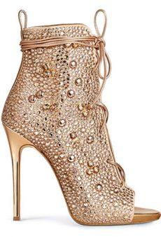 Jennifer Lopez x Giuseppe Zanotti's (Literally) Dazzling Shoe Collab Just Dropped