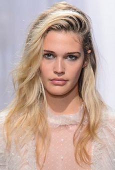 90s Hair Is Back, According to the Spring Runways