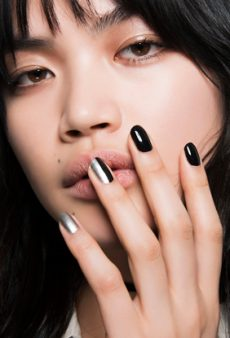 20 Holiday Nail Looks That Are Chic, Not Tacky