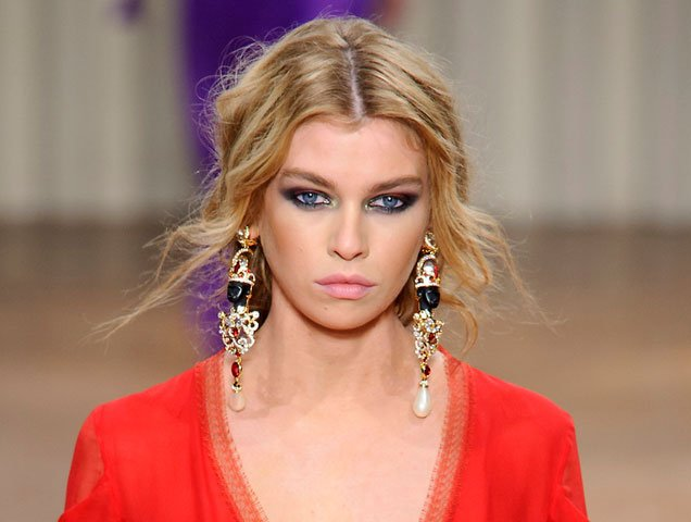 shoulder duster earrings, Alberta Ferretti Fall 2017