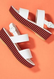 15 Summer Sandals to Kick Off the Season in Style