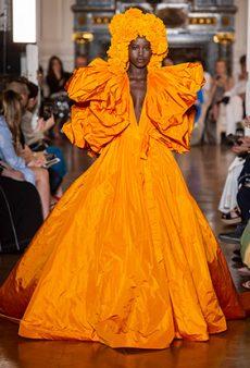 Valentino Haute Couture Fall 2018 Runway