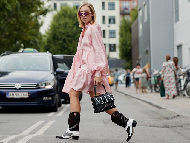 cowboy boots for women, street style pic