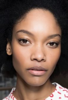 The Right Way to Remove Makeup, According to a Pro