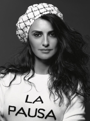 Chanel Cruise 2019 : Penélope Cruz by Karl Lagerfeld