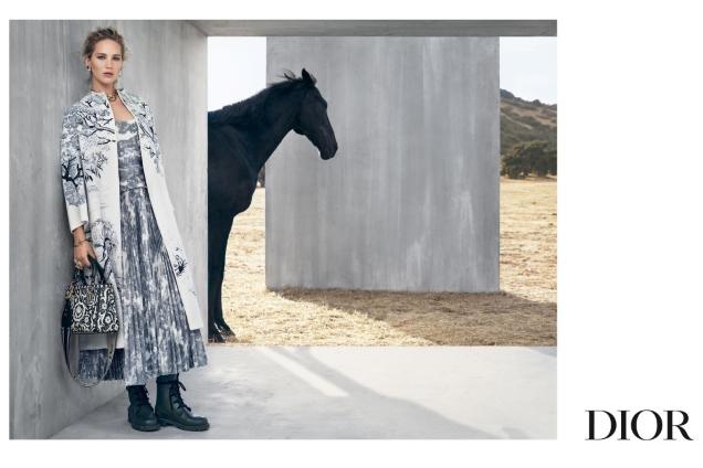 Christian Dior Cruise 2019 : Jennifer Lawrence by Viviane Sassen