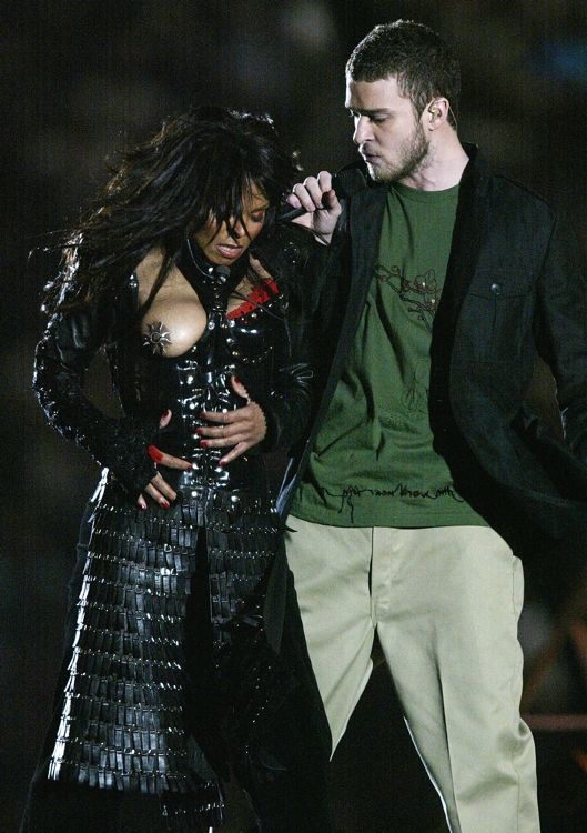 Janet Jackson Performing at Super Bowl XXXVIII