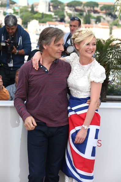 Kirsten Dunst and Viggo Mortensen 