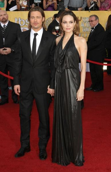 Brad Pitt and Angelina Jolie in Jenny Packham
