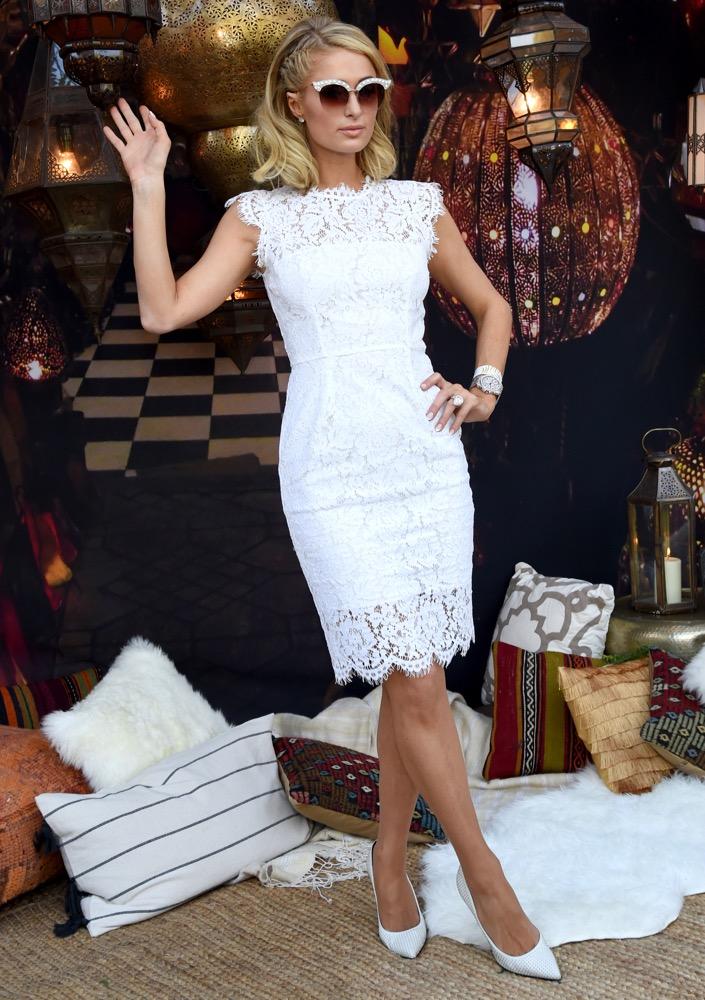 Paris Hilton, Weekend 1, Day 1