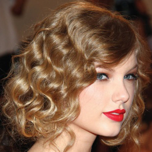 45 Gorgeous Ways to Style Curly Hair Right Now