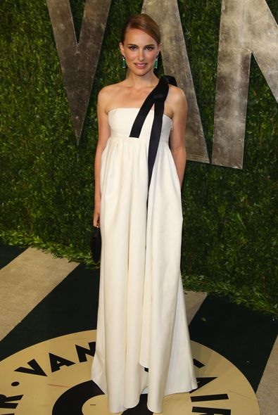 Natalie Portman at the 2013 Vanity Fair Oscar Party