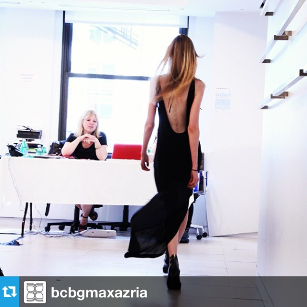 Model walks for the casting director
