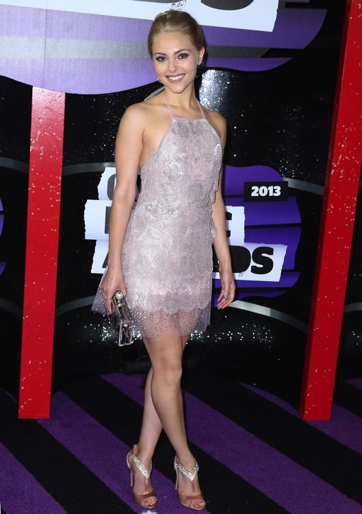 AnnaSophia Robb at the 2013 CMT Music Awards