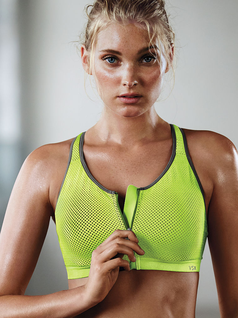 Best Push-Up Bras for Small Busts - theFashionSpot
