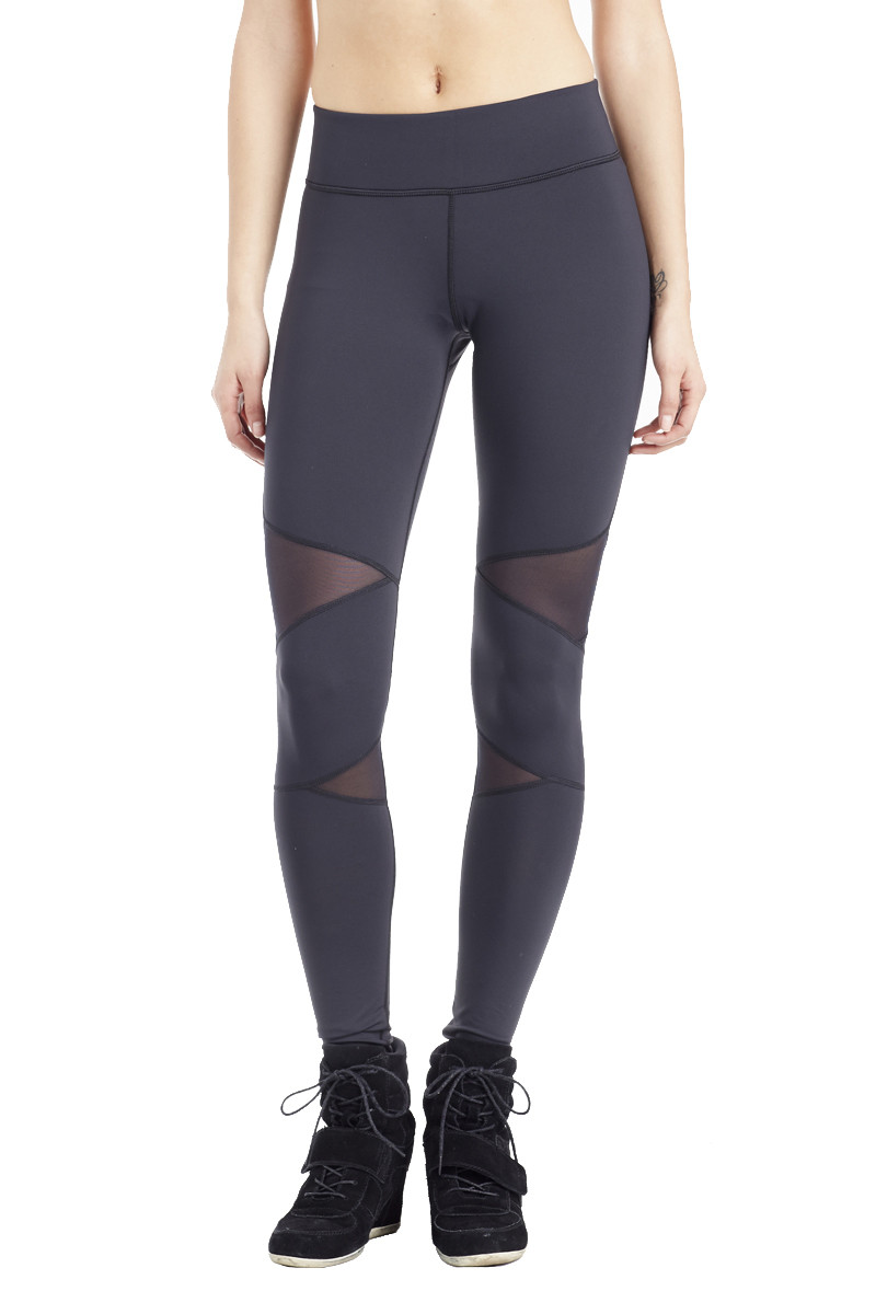 Best Yoga Pants, According to Reviews - theFashionSpot