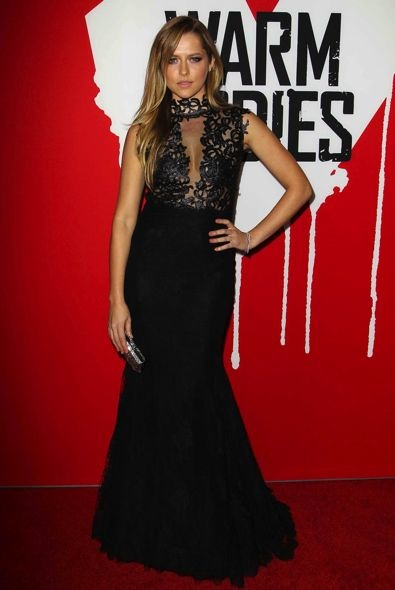 Teresa Palmer at the Los Angeles Premiere of Warm Bodies