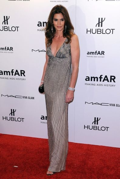 Cindy Crawford at the 2012 amfAR New York Gala