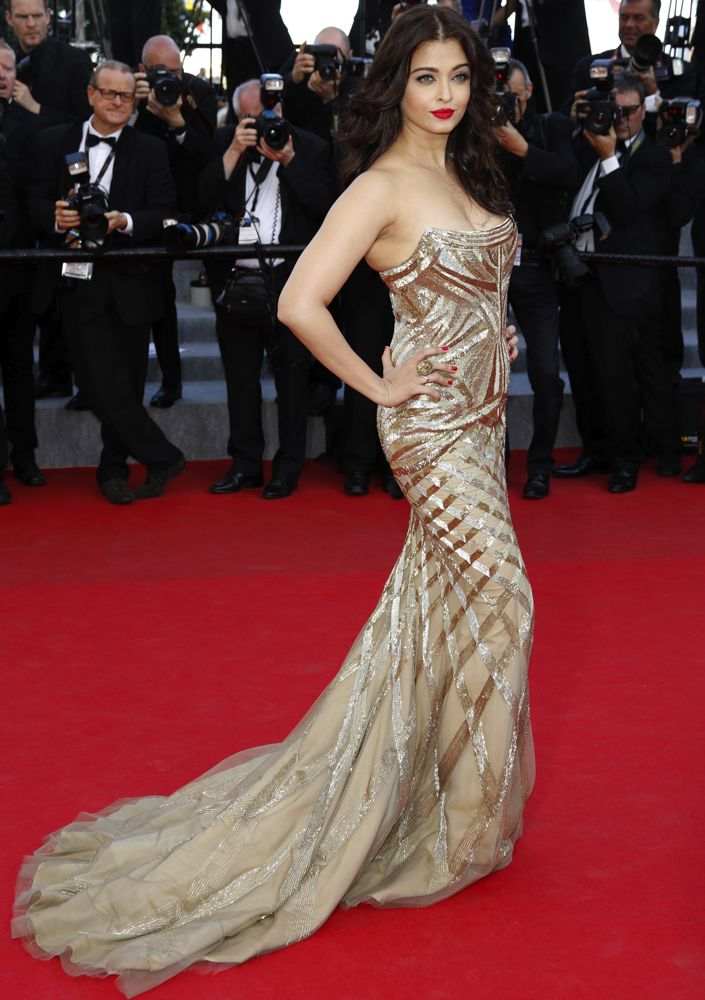 Aishwarya Rai Bachchan at the Premiere of Two Days, One Night