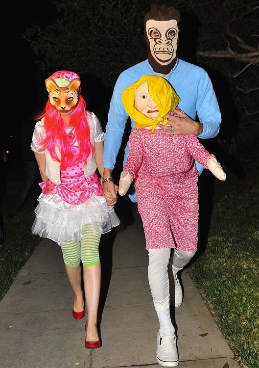 Isla Fisher and Sacha Baron Cohen at the 2013 Casamigos Halloween Party