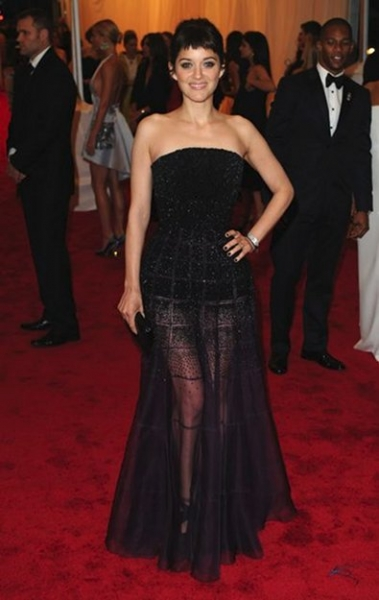 Marion Cotillard in Christian Dior