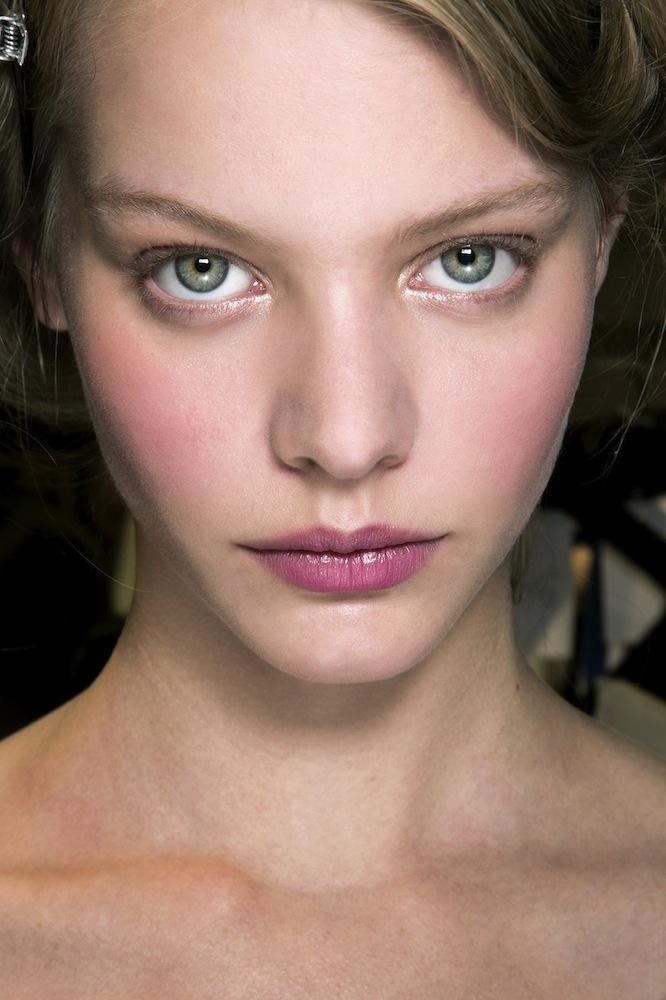 rose tint spring makeup trend