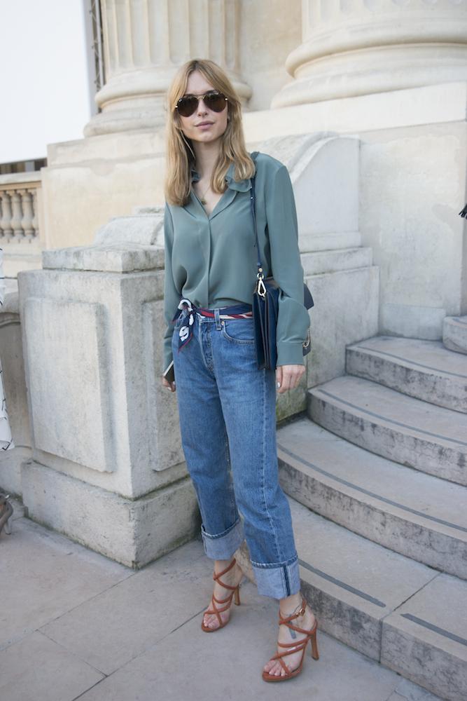 How to Wear Boyfriend Jeans - theFashionSpot
