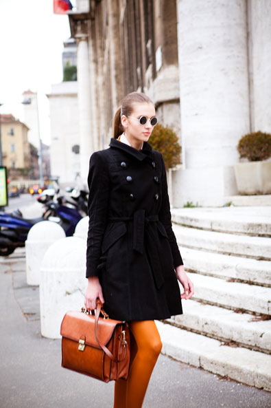 Milan fashion, a great color combination of navy and brown