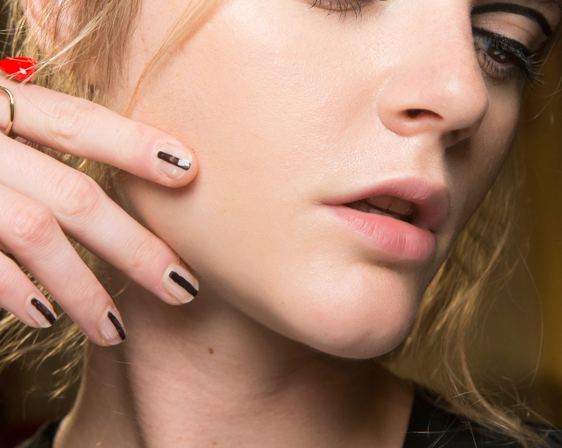 Easy DIY Nail Art Ideas for Beginners - theFashionSpot