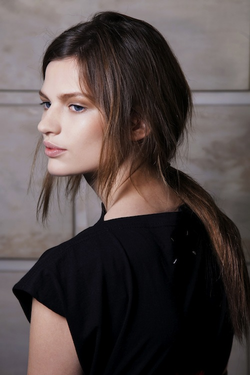 Messy & Tousled (Victoria Beckham)