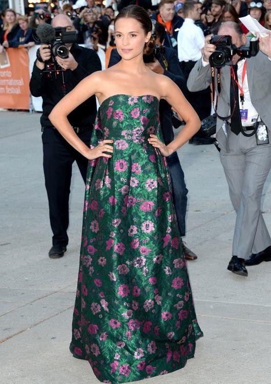Alicia Vikander at the Premiere of The Fifth Estate