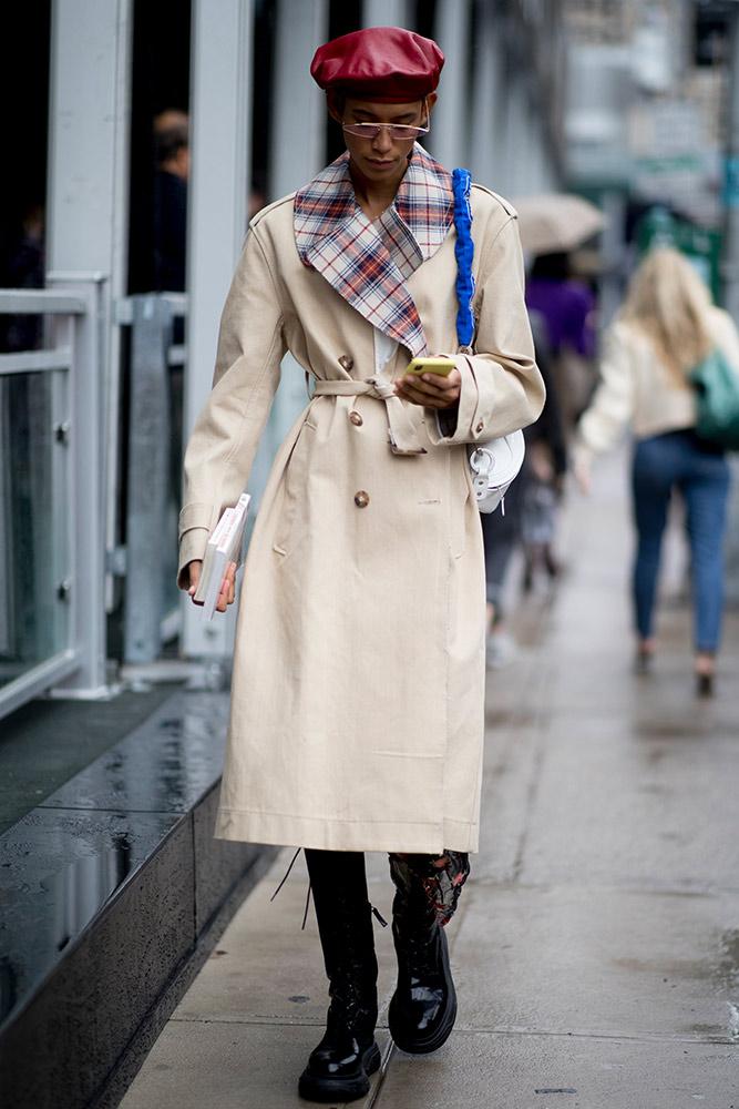 Here s what street style looks like when it rains at fashion week fashion Style fashion week in la