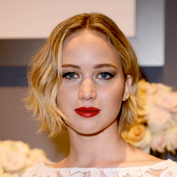 Magnificent The Stunning Evolution Of Jennifer Lawrence Hair Thefashionspot Short Hairstyles Gunalazisus