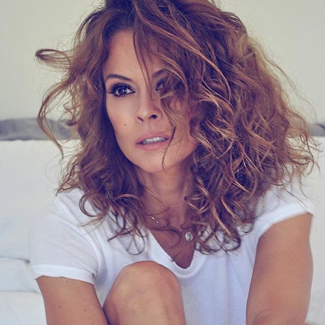 Hair trend perms are back for 2017 without the 80s flashback brooke burke solutioingenieria Image collections