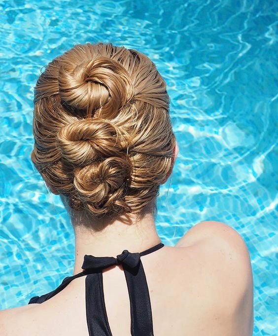 20 super easy updos for beginners thefashionspot multi buns for wet hair solutioingenieria Image collections
