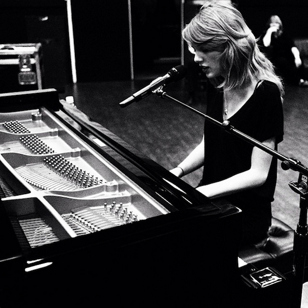 Taylor Swift's Grammy Practice
