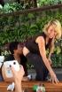 Chelsea Handler Plays Genie