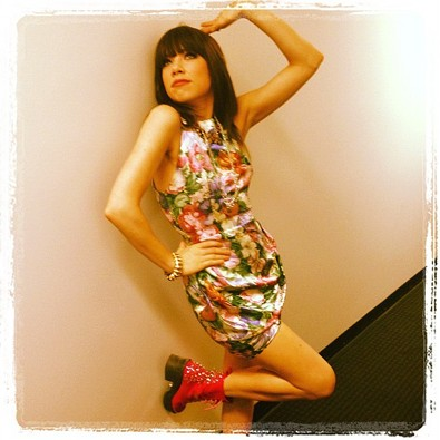 Carly Rae Jepsen Thinks She Can Pose