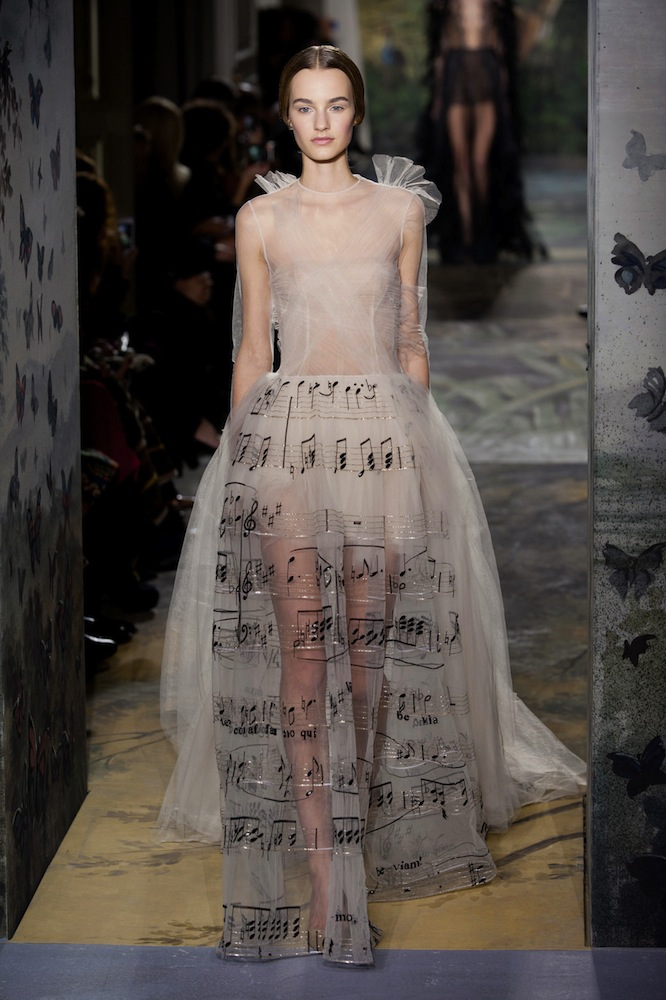 Valentino Haute Couture Spring 2014 - theFashionSpot