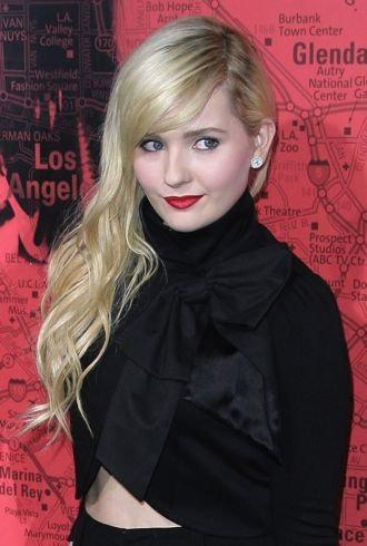 Abigail Breslin Los Angeles Premiere of The Call cropped