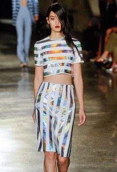 How To Master the Tricky Crop Top Trend