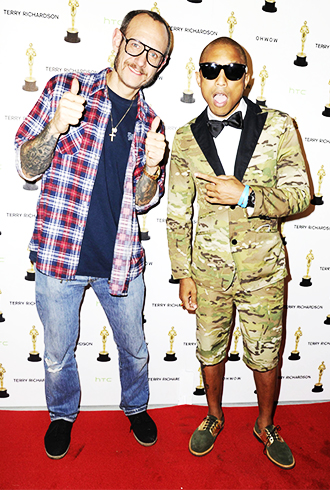 Pharrell posing with Terry Richardson