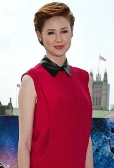 Karen Gillan Brightens Up a London Photocall in Gucci