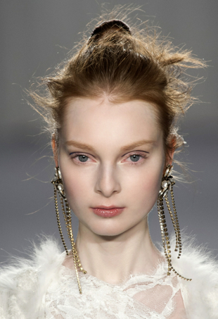 Marchesa fall runway 2014 hairstyle