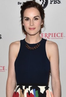Michelle Dockery Promotes the New Season of 'Downton Abbey' in Victoria Beckham