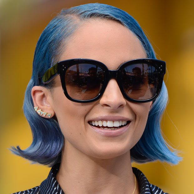 Get Nicole Richie S Bold Blue Hair With Tips From Oscar