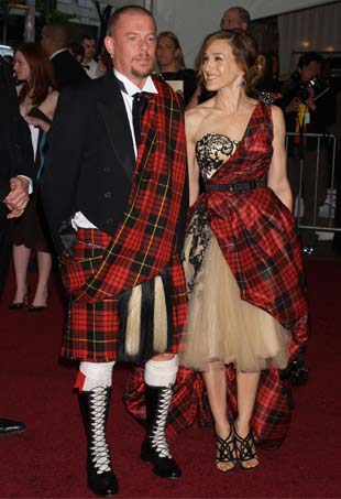 Alexander McQueen & Sarah Jessica Parker