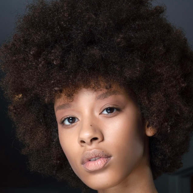 Black Hair: 9 Tips for Transitioning to Natural Hair