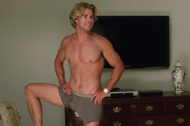 Watch: Chris Hemsworth Flaunts His Assets for New ...